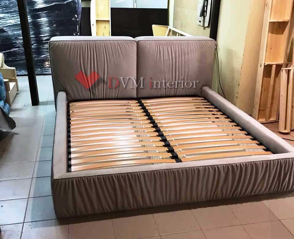 krovat myagkaya seraya - кровать мягкая серая