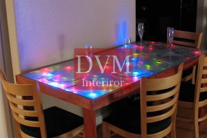 interactive led dining table l 300x200 - led подсветка мебели